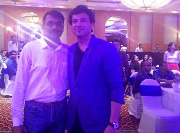 Image-for-PavanRChawla-With-Vikas-Khanna